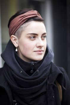 Shaved sides, turban