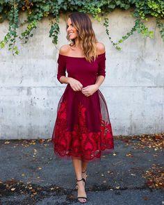 Turn Back Time Dress - Burgundy
