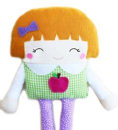 Hey, diesen tollen Etsy-Artikel fand ich bei https://www.etsy.com/de/listing/109555852/schoolgirl-doll-sewing-pattern-girl-doll