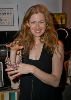 """Golden Globe-nominee Mireille Enos of """"The Killing"""" with Jewels For Hope."""