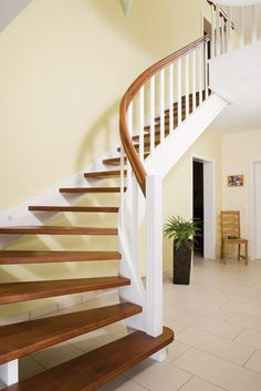 Cheek stairs – the all-round talent – Voss staircase construction - Home Dekoration Home, Building A House, Marthas Vineyard Interior Design, Metal Building Homes, Barn House Plans, Timber Frame Pavilion, Staircase, Barn House Kits, Stairs Design