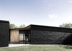 black brick (Nordic leaves)