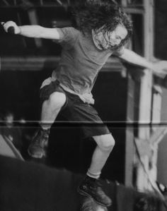 Pearl Jam Eddie jumping off stage probably lol love it!