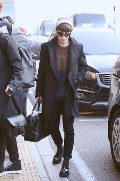 """Jimin airport fashion: a thread"" Jimin Airport Fashion, Bts Airport, Airport Style, Kpop Fashion, Korean Fashion, Mens Fashion, Fall Fashion, Bts Inspired Outfits, Wattpad"