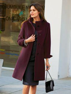 Top 10 Ways To Wear Burgundy Color In Winter