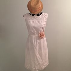 White Dress Lined white cotton dress with cinched waist and cut out detail great for Summer. Can be dressed up or down. Like new condition, only worn once. (Shoes also available in my closet) Old Navy Dresses