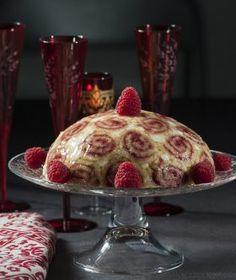 Κόκκινη σαρλότ με βανίλια Pudding, Breakfast, Desserts, Christmas Recipes, Food, Cakes, Morning Coffee, Tailgate Desserts, Deserts