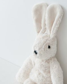 I love bunnies. Pale Aesthetic, The Dark Artifices, Easter Colors, Duck Egg Blue, Aesthetic Pictures, Aesthetic Wallpapers, Little Girls, Bunny, Blue And White