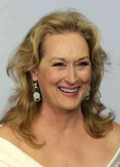 "becauseofthiswoman: "" Name: Meryl Streep Dates: Why she rocks: She is one of the most talented film actresses of the modern era. She has received 17 academy award nominations, 26 Golden. Meryl Streep Joven, Meryl Streep Young, Jon Stewart, Jack Kerouac, Robin Williams, Mark Twain, Churchill, Meryl Street, Grace Gummer"