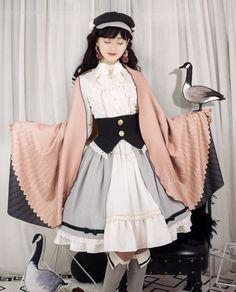 Lees Theater Lolita -Migration Before Dawn- Lolita Skirt So Kawaii pretty! Cute Fashion, Diy Fashion, Fashion Outfits, Cute Dresses, Cute Outfits, Lolita Cosplay, Gothic Lolita Fashion, Inspiration Mode, Kawaii Clothes