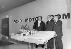 Dated scale Ford Tremulis flanked by George Walker and someone who looks like it could be Robert McNamara Robert Mcnamara, George Walker, Truck Scales, Ford Shelby, Kit Cars, Space Travel, Retro Futurism, Custom Cars, Concept Cars