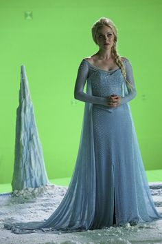 Georgina Haig - Elsa - Once Upon a Time #OUAT #Frozen