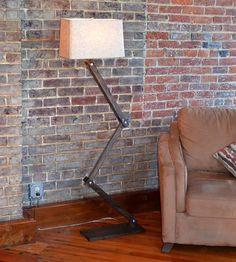 Zig-zag-wood-floor-lamp-1396038733