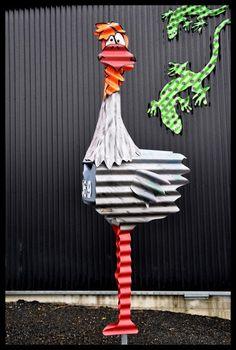 http://www.corrugatedcreations.co.nz/album/letterboxes/Chicken%20369.jpg
