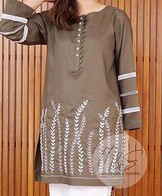 Latest Dress Design, Stylish Dress Designs, Simple Pakistani Dresses, Pakistani Dress Design, Neckline Designs, Dress Neck Designs, Mode Kimono, Kurti Embroidery Design, Kurta Neck Design