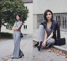 See more here: http://the3rdvoice.net/2015/09/outfit-alles-blass-und-grau.html  Instagram: @angeladoe     #fashionblogger #edgy #zara