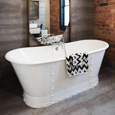 Modern Bathroom, Master Bathroom, Budget Bathroom, Bathroom Ideas, Bathroom Interior, Bath Ideas, Industrial Bathroom, Minimalist Bathroom, Small Bathrooms
