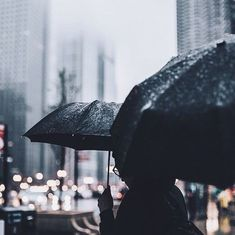 rain, umbrella, and city image Ashita No Nadja, Street Photography, Art Photography, Rainy Day Photography, Seattle Photography, Umbrella Photography, Photography Aesthetic, Adrien Agreste, Love Rain