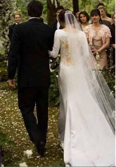 Memorable Moment: Seeing Bella's wedding dress for the first time.