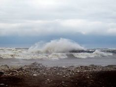 Erie PA Beach | Picture of Lake Erie Winter Storm posted in the Erie, PA gallery