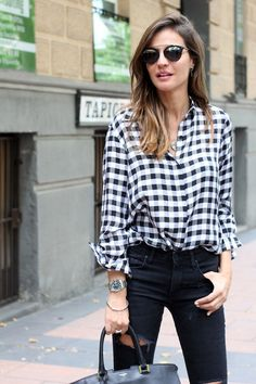This Downtown Cool Look Proves That A Gingham Shirt Is A Must-Have (Le Fashion) - Chemise Vintage 2019 Outfits Con Camisa, Outfits Mujer, Fall Outfits, Casual Outfits, Fashion Outfits, Fashion Weeks, Style Fashion, Checkered Shirt Outfit, Casual Chic