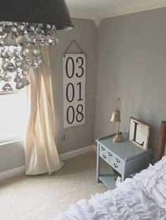 Cozy Farmhouse Bedroom Decorating Ideas (4)