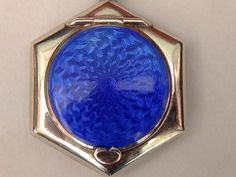 A Beautiful Silver And Enamel Deco Compact Hallmarked 1921 With Swans Down Puff
