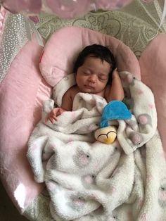 ⚠️Credit before reposting? GIVE IT SUS ⚠️ xoxo - @sheSoBoujie ✨ Cute Mixed Babies, Cute Black Babies, Beautiful Black Babies, Cute Little Baby, Lil Baby, Pretty Baby, Cute Baby Girl, Little Babies, Cute Babies
