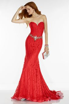Buy stylish and trendy prom, evening, homecoming, formal, red carpet, wedding, bridesmaids and cocktail dresses online at affordable prices at Dressmeup Newyork