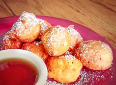 This recipe combines the best of fall flavors – pumpkin and corn into delicious little bites that are lightly spice and lightly sweetened. Dusted with powdered sugar and served with warm maple syrup, these … Gluten Free Pumpkin, Gluten Free Flour, Gluten Free Baking, Gluten Free Recipes, Vegan Recipes, Dairy Free, Good Food, Yummy Food, Yummy Yummy