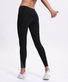 c8422de24c445f Back Pocket Stretchy Print Yoga Leggings