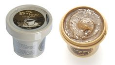 Skinfood's Coffee Body Scrub contains high-quality coffee beans perfectly granulated to be gentle on the skin. This coffee scrub also has a unique blend of brown sugar, salt, and natural sweet honey to fully nourish the skin while gently exfoliating dead skin cells.