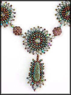 Kronleuchterjuwelen Glasperlenschmuck - orientalische Kette (Detailfotos)