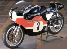 harley racers | HARLEY DAVIDSON XRTT 750 - The King of the Oval Track