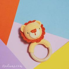 Baby Deco, Baby Rattle, Crochet Baby, Baby Gifts, Origami, Crochet Earrings, Crochet Patterns, Blanket, Sewing
