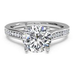 "Pretty if all the stones were princess cut. ""V"" Diamond Setting – Diamond Cellar"