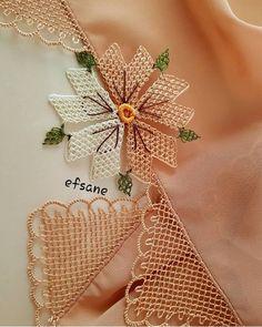 29 Flowering Needle Lace Towel and Başö Baby Knitting Patterns, Crochet Flower Patterns, Tatting Patterns, Crochet Flowers, Crochet Doily Diagram, Crochet Motif, Needle Tatting, Needle Lace, Crewel Embroidery