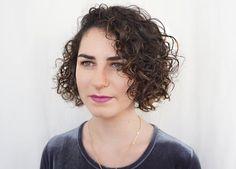 curly-haircut-bob-650x466