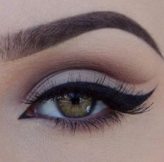 Cut crease wing . Love it!!!!!!!!!!!!!!!!!!!!!!!!!!