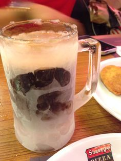 Cold Root beer in a chilled mug to wash down pizza and mojos! Family Bonding, Root Beer, Pizza, Cold, Mugs, Dinner, Tableware, Dining, Dinnerware