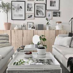 Lovely livingroom inspo by @mz.interior using the wooden @ikeasverige #IVAR cabinets.