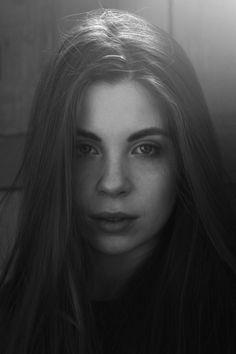 by Sophia Molek www.sophiamolek.de www.facebook.com/sophiamolekphoto #prettygirl #photography #fashion #portrait #longhair