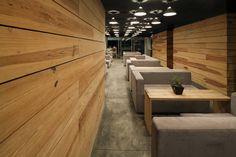 Mapcafe es un espacio alterno para reunirse de manera informal entre trabajadores o con clientes y laborar de manera más casual mientras toman un café o escuchan música.