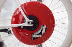 littlefeelgood: The Copenhagen wheel, developed byMIT, is surely one of the best projects I have seen in sometime. It turns an ordinary bi...