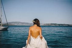 The back of this dress <3 | Image by The Twins