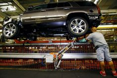 GM, Fiat Chrysler shares climb as investors focus on companies' futures: Wall Street is finally rewarding Detroit's old guard auto…