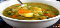 Mulligatawny Soup - who doesn't think think of the Seinfeld episode with the Soup Nazi. Mulligatawny Soup - who doesn't think think of the Seinfeld episode with the Greek Recipes, Indian Food Recipes, Soup Recipes, Diet Recipes, Vegetarian Recipes, Cooking Recipes, Healthy Recipes, Healthy Foods, Cyprus Food