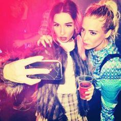 Rebecca Scheja & Fiona FitzPatrick rebeccafiona | Pic on pictime #ghostselfie | #edm #female_djs