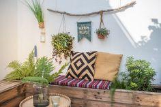 Anleitung für einen DIY Wimpel aus Wachstuch für den Garten als outdoor Deko