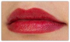 Estee-Lauder-Pure-Color-Envy-Shine-Lipstick-350-Empowered-Swatch2